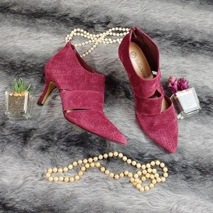 Bella Vita Danice Suede Pointed Pumps Size 9.5